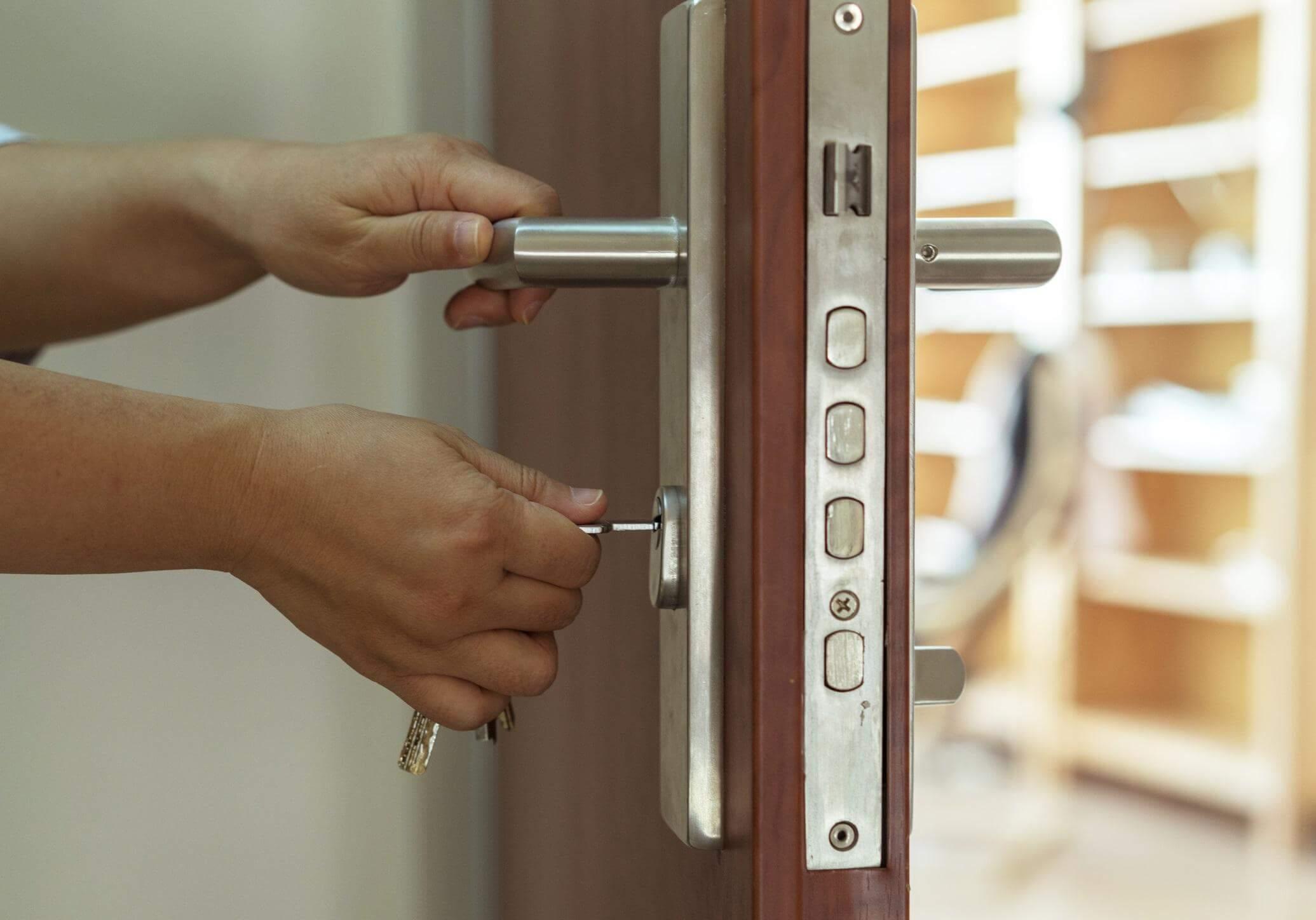 Czym cechują się drzwi antywłamaniowe?